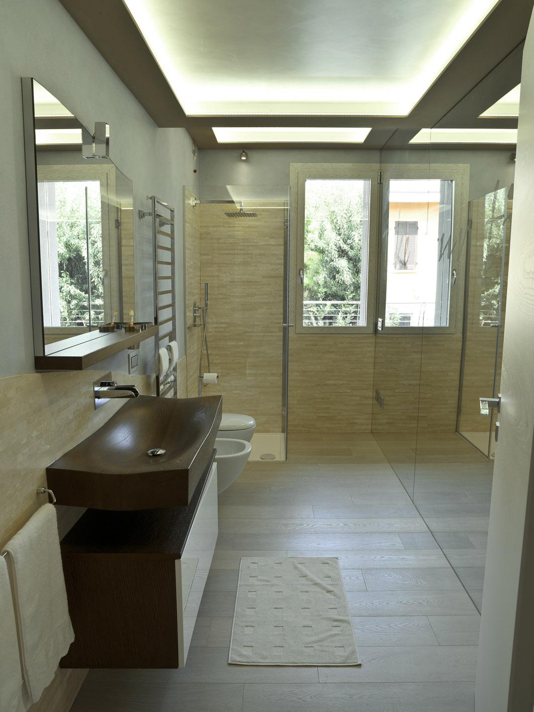 bagno moderno MG architettura d'interni simone casarotto design lavabo legno tao spoldi ideabagno