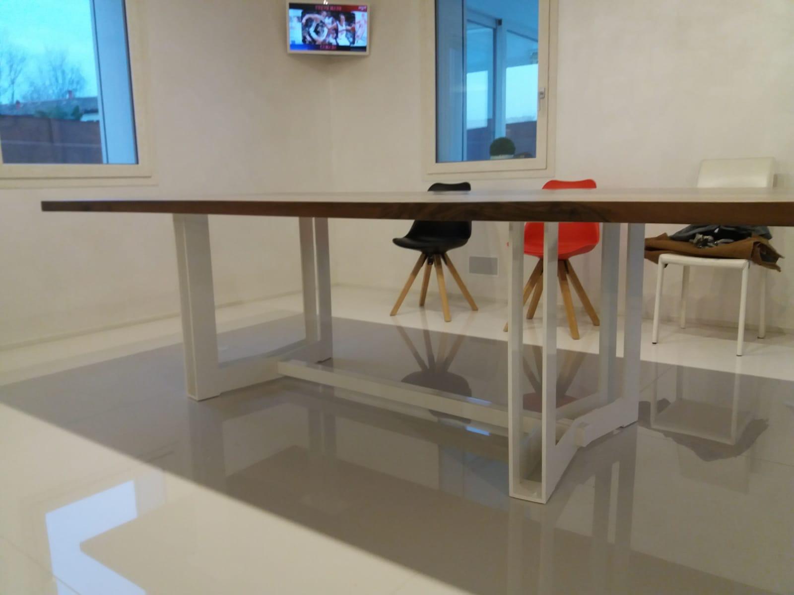 tavolo casarotto design legno noce nazionale resina foto 2